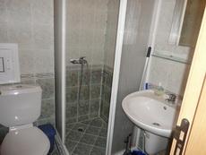 Санитарен възел, баня тоалента, душ кабина