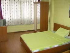 Спалня с двойно легло